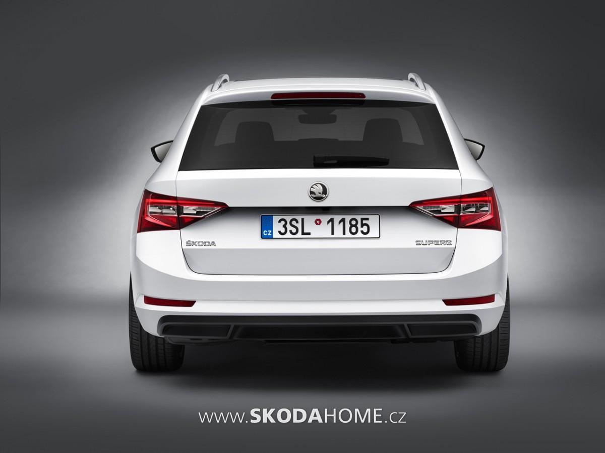 Skoda-Superb-combi-05
