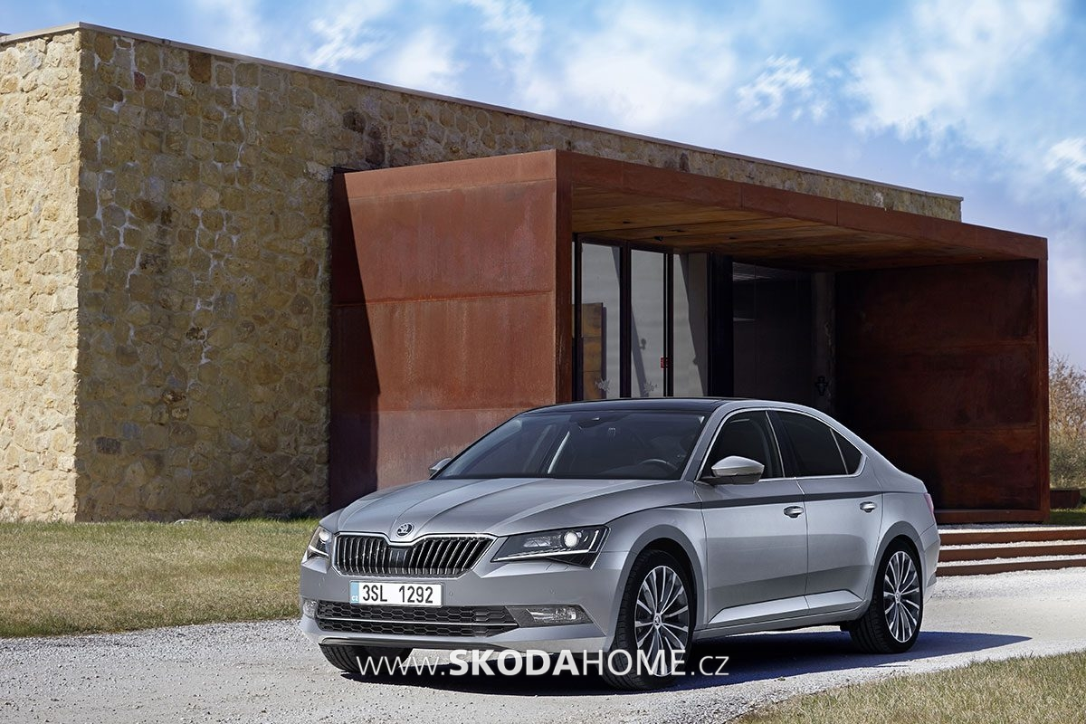 skoda-superb-15-let-04
